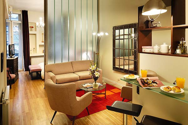 Apart Hotel Buenos Aires Mirror Glass Divider Sofa Chair Carpet