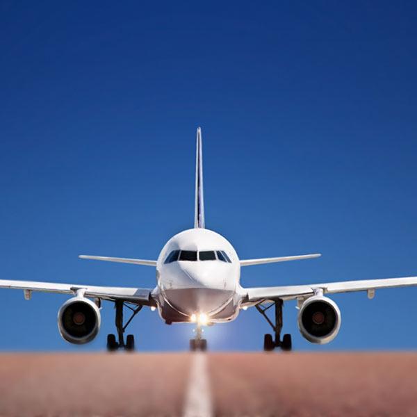 avion-aterrizando-EDITADO-600X600